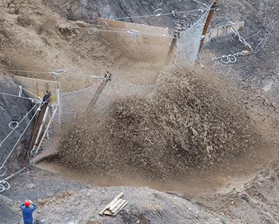 Защита от селей и оползней – высокопрочные противоселевые сетчатые барьеры